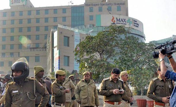 Lapset syntyivät Max Hospitalissa Delhissä. Se on kallis yksityissairaala.