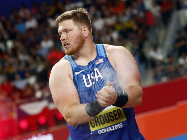 Ryan Crouser ei jäänyt lauantai-iltana kertaakaan alle 22 metrin. Kuva Dohan MM-kisoista, jossa herra saavutti hopeaa.