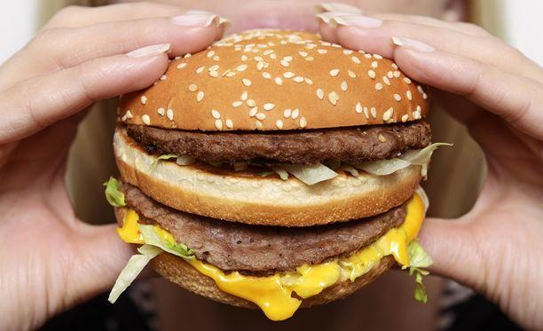 Chris Owen, 39, vihaa majoneesia eri toten hampurilaisissa.