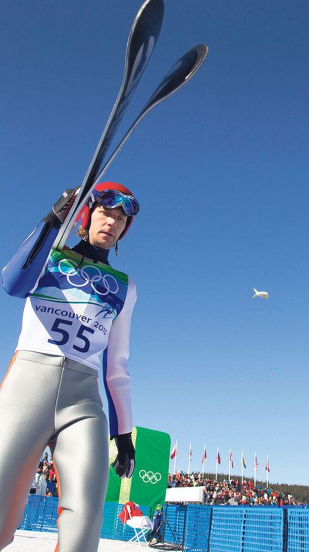 Janne Ahosen henkilökohtaiseen olympiamitaliin ei usko enää kuin mies itse.