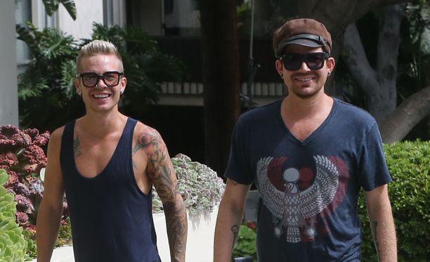 Sauli Koskinen ja Adam Lambert seurustelivat vuosina 2010-2013.