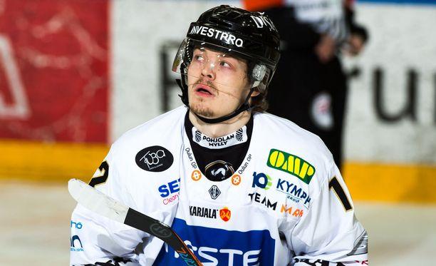 Ville Leskinen syötti molemmat maalit Kärppien 2-0-voitossa.