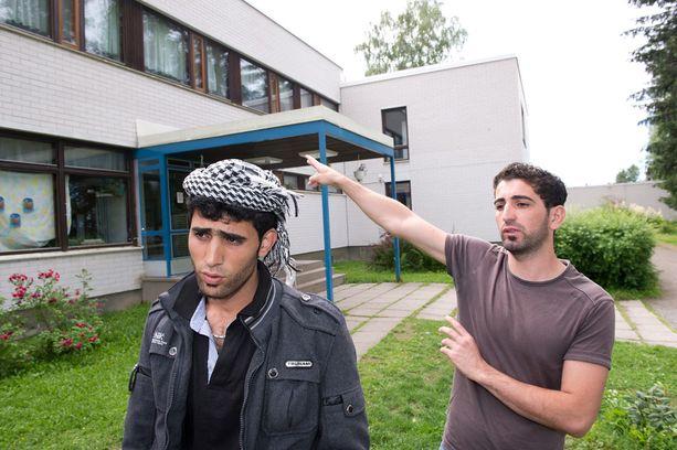 Irakilainen Alan Hussein (oik.) ja Renas Abdullah asuivat ennen Ruoveden vastaanottokeskuksessa. Arkistokuva vuodelta 2012.