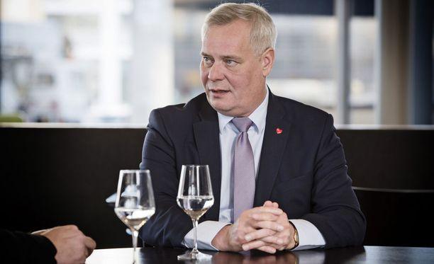 Antti Rinne (sd) lupaa muuttaa Sipilän (kesk) hallituksen sote- ja maakuntamallin, jos SDP pääsee valtaan ensi eduskuntavaaleissa.