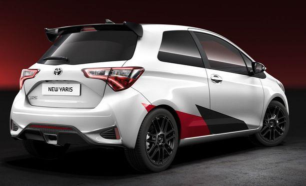 Auton hinnat julkaistaneen Geneven autonäyttelyn yhteydessä maaliskuussa.