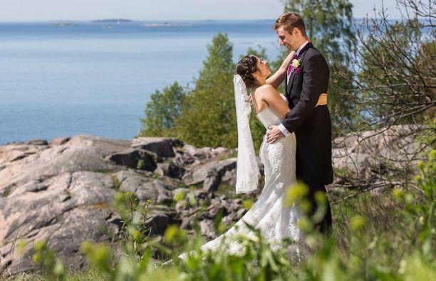 Heidi ja Mikko vaikuttivat aluksi todella rakastuneilta, mutta lopulta pari päätyi monen yllätykseksi eroon.
