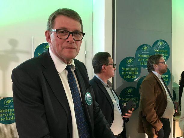 Matti Vanhanen uusi paikkansa kansanedustajana.