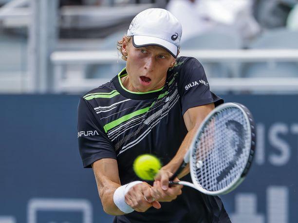 Emil Ruusuvuori kärsi tappion Brandon Nakashimalle Atlantan ATP-turnauksen välierässä.