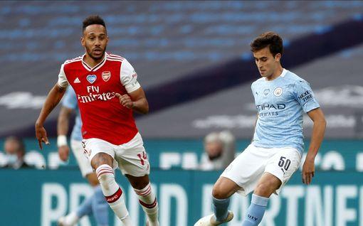 Arsenal menee FA Cupin finaaliin – maalisieppona vanha tuttu