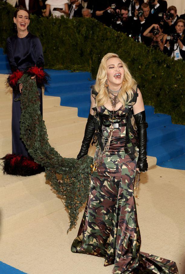Vuonna 2017 Madonna näyttää tältä.
