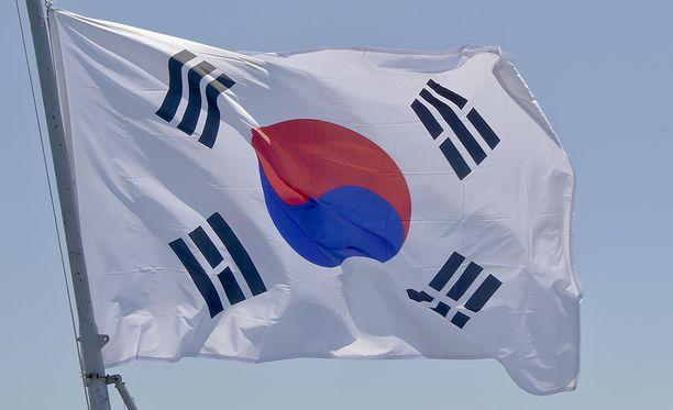 Etelä-Korea järjesti tiistaina massiiviset laivaston taisteluammuntaharjoitukset vastauksena Pohjois-Korean sunnuntaina tekemälle ydinkokeelle.