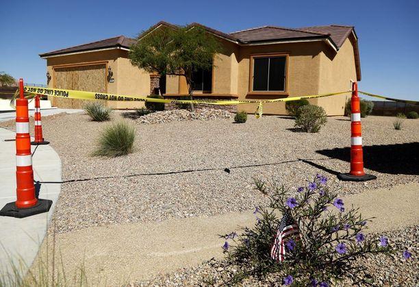 Danley ja Paddock asuivat tässä talossa Mesquiten pikkukaupungissa, noin tunnin ajomatkan päässä Las Vegasista.