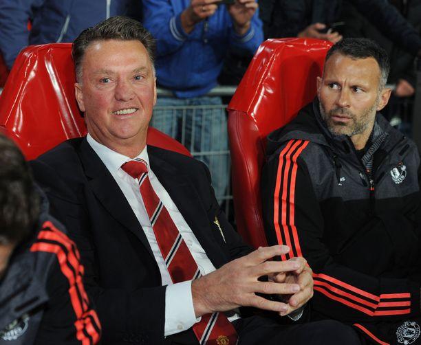Louis van Gaal ja Ryan Giggs johtivat Manchester Unitedia vuosina 2014–16.