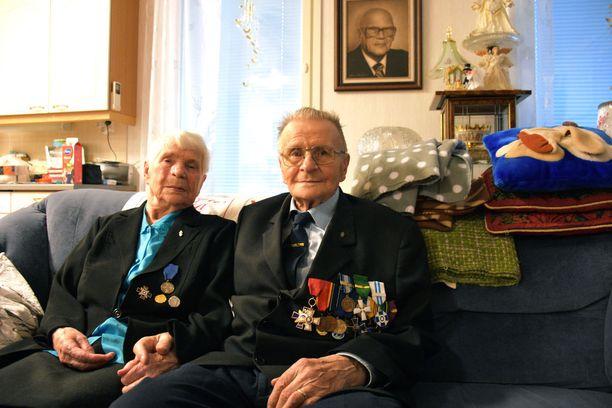 Eila ja Hemmi Jaara ovat molemmat rintamaveteraaneja.