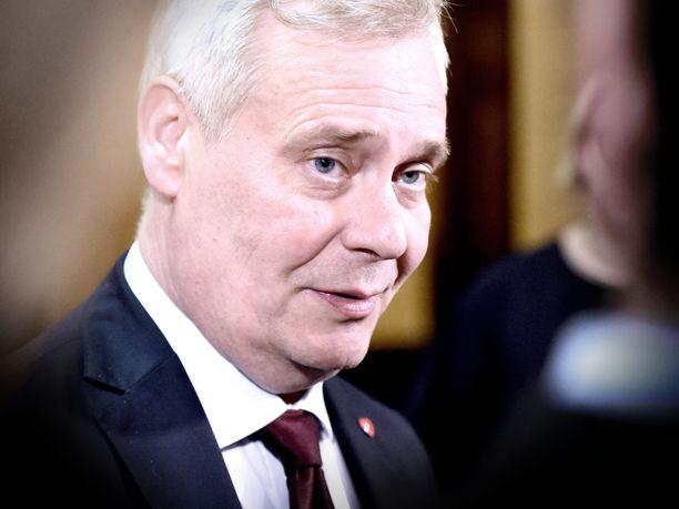 Hallitusneuvottelija Antti Rinne (sd) kertoi perjantaina Säätytalossa, että tulevan hallituksen hallitusohjelma on vihdoin valmis.