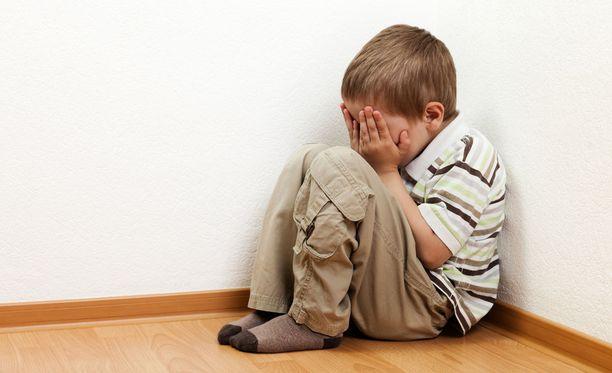 Vanhemmat mukaan lapset pelkäävät mennä esikouluun.