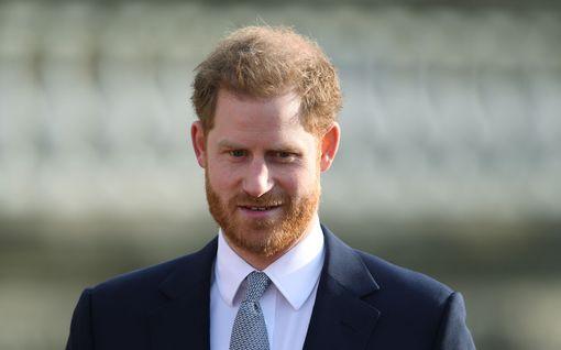 """Prinssi Harry kommentoi kohupäätöstä – ilmoittaa tuntevansa suurta surua: """"Ei ollut muuta vaihtoehtoa"""""""