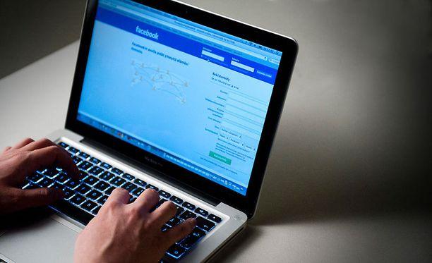Patenttiyhtiön mukaan Facebookin tykkää-nappi perustuu hollantilaisen ohjelmoijan patenttiin.