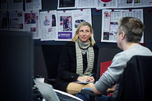 New York Timesin Lontoon-kirjeenvaihtaja Ellen Barry vieraili torstaina Iltalehden toimituksessa.