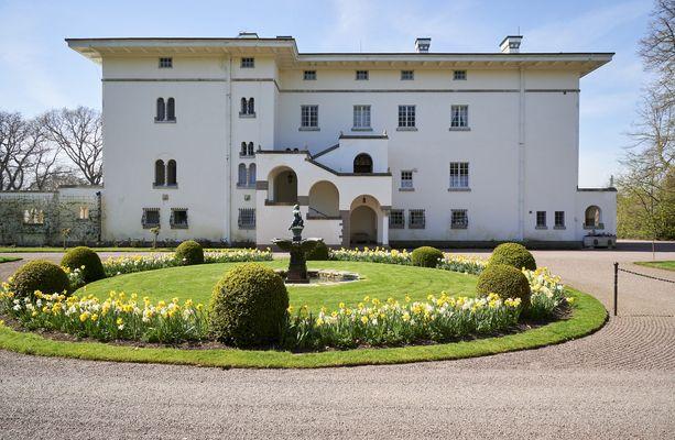 Ruotsin kuninkaalliset viettävät kesäpäiviään Sollidenin palatsissa.