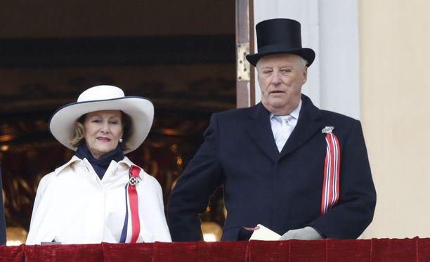 Norjan hallitsijapari kuningas Harald ja kuningatar Sonja vierailevat Suomessa torstaina.
