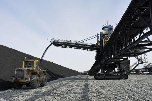 Talvivaaran kaivos on tullut suomalaisille veronmaksajille erittäin kalliiksi. Lasku on tähän mennessä varovaisen laskelman mukaan vähintään puoli miljardia euroa.