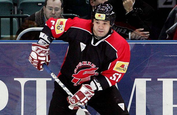 Andrei Kovalenko pelasi 2000-luvun alussa muun muassa Avangard Omskissa. Nykyisin hän johtaa KHL:n pelaajayhdistystä.