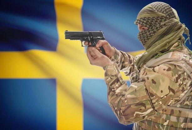 Aftonbladetin mukaan Isisin tiedetään rekrytoineen Ruotsissa useita radikalisoituneita nuoria riveihinsä.