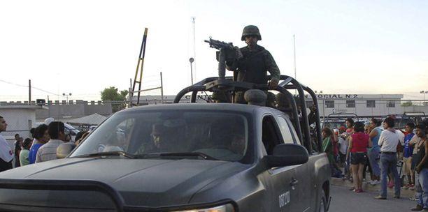 Armeijakin osallistui Meksikon verisen vankilakahakan selvittelyyn.