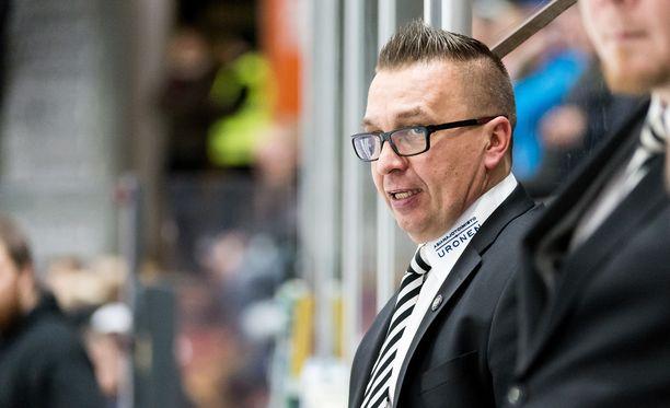 Ari-Pekka Selin reagoi huonoon alkuun heti.