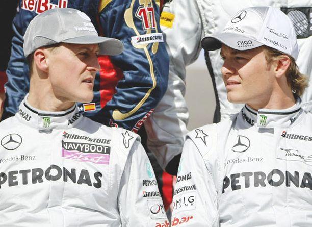 Michael Schumacherin ja Nico Rosbergin tallikaveruus toimii.