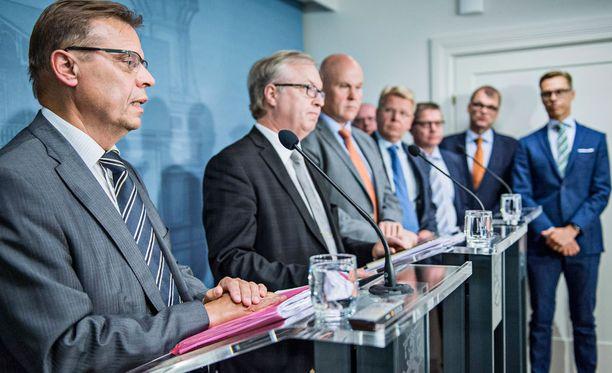 Hallituksen ja työmarkkinajärjestöjen info syyskuussa.