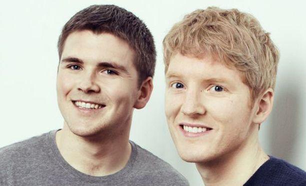 John (vas.) ja hänen veljensä Patrick tienasivat ensimmäisen miljoonansa jo kouluaikoina.