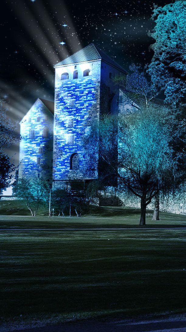 Turun linnan lisäksi valoja laitetaan myös Linnapuistoon.