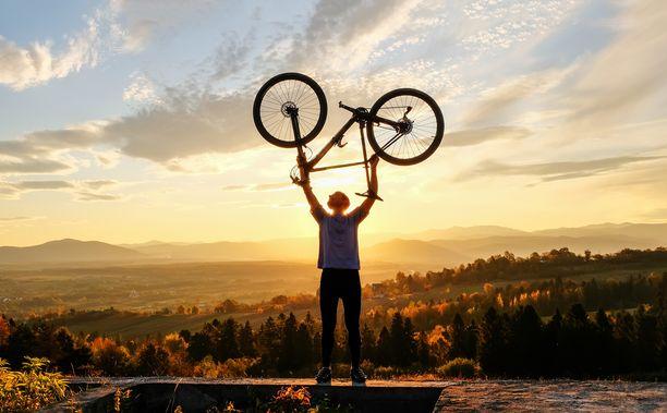 Pyöräily tekee hyvää niin keholle kuin mielelle.