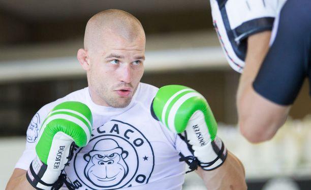 Tom Niinimäki muistetaan vuoden 2013 kolmesta UFC-ottelustaan.