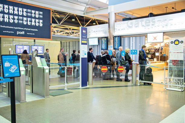 Henkilö otettiin kiinni Helsinki-Vantaan lentoasemalla. Kuvituskuva.
