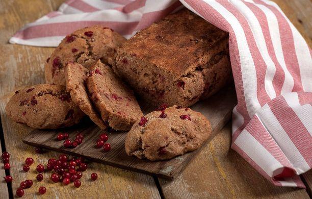 Puolukka antaa leivälle makua ja näköä.