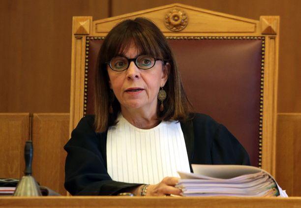 Ekaterini Sakellaropoulousta tulee Kreikan ensimmäinen naispresidentti.