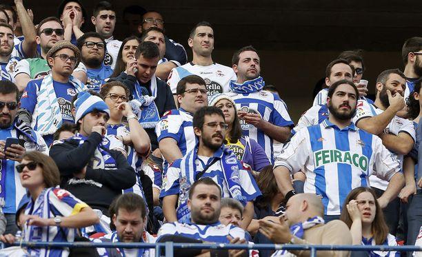Deportivo La Corunan fanit olivat viime viikonloppuna Madridissa.