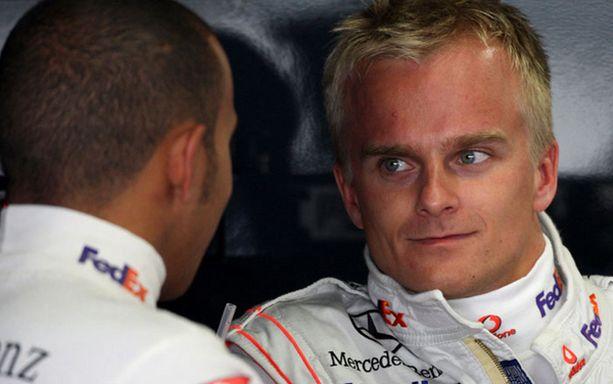 Singaporelainen The Straits Times -lehti väitti hiljattain, että Heikki Kovalainen on tyytymätön rooliinsa McLarenilla.