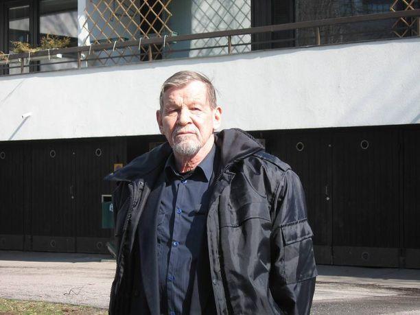 Toimittaja Manu Paajanen oli ensimmäisiä Tšernobylin alueella vierailleita suomalaistoimittajia.
