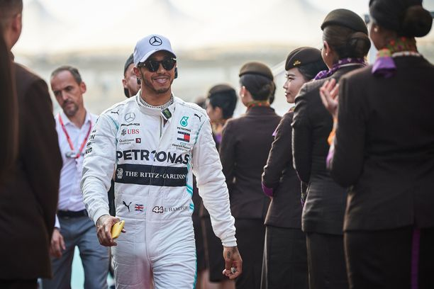 Lewis Hamilton on kiinnostunut formuloiden lisäksi näyttelemisestä ja ohjaamisesta.