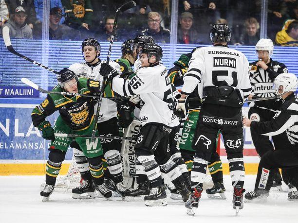 TPS voitti torstaina Ilveksen Tampereella maalein 4-3.