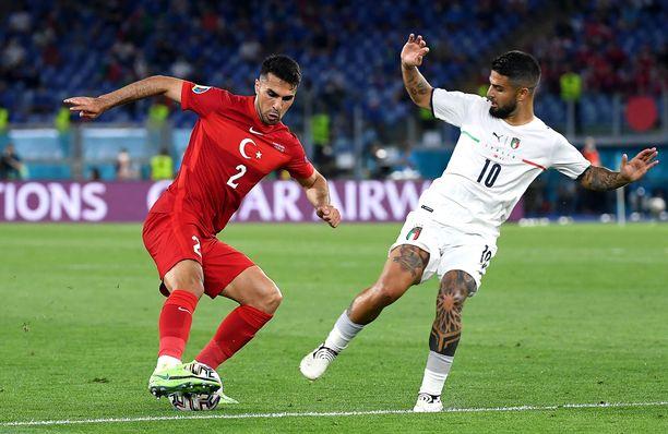 Turkin ja Italian välisen ottelun grafiikka ei näkynyt Ylellä.