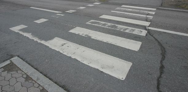 Poliisi tutkii vakavaa liikenneonnettomuutta Vaasassa.