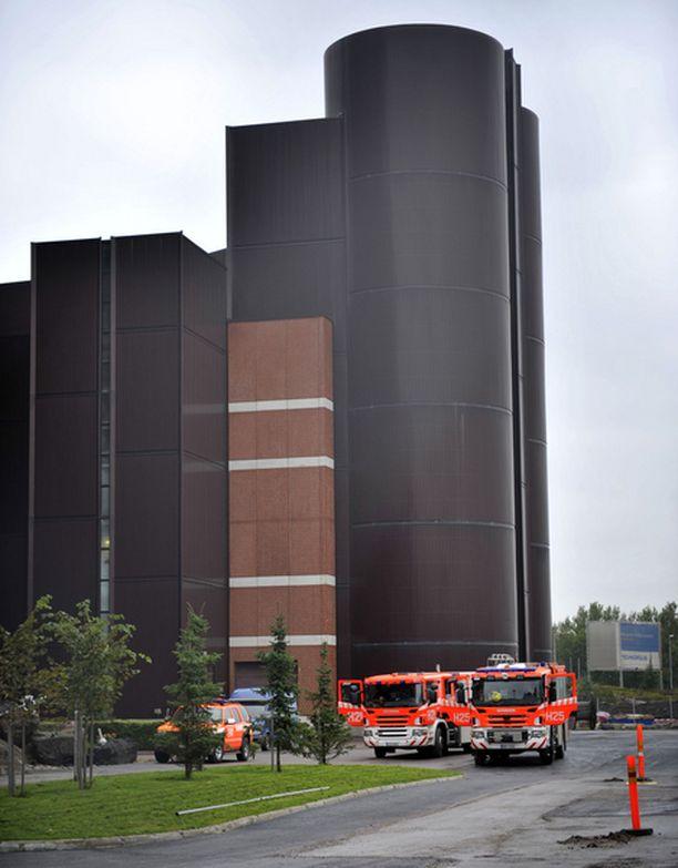 Pelastuslaitos seurasi torstaina tarkkaan kuumentuneen hiilivaraston jäähtymistä.