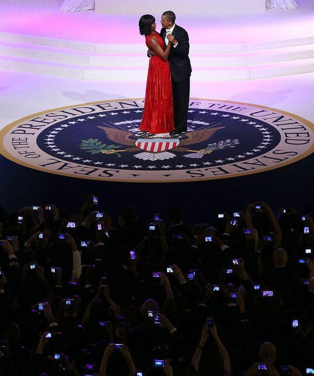 Kaikki halusivat kuvan presidenttiparista.