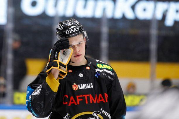 Jesse Puljujärvi on SM-liigan pistepörssissä kuudentena tehoillaan 19+26=45.