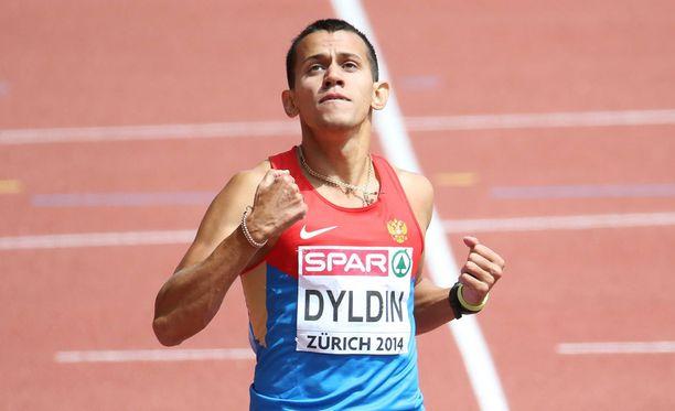 Maksim Dyldin pitää yhä olympiamitaliaan kotona.